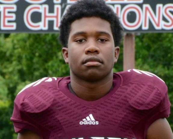 Thiếu niên 15 tuổi thiệt mạng vì đỡ đạn cho 3 bạn gái - ảnh 1