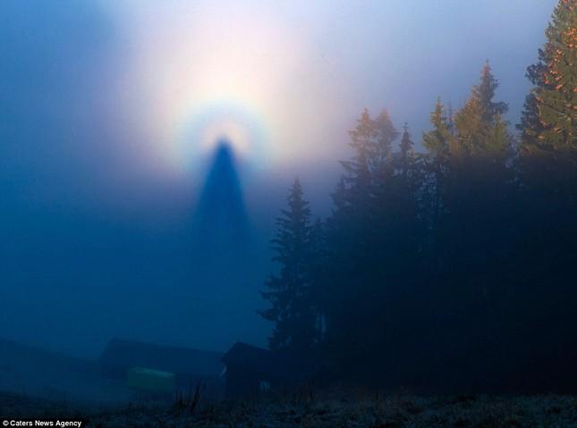 Ngỡ ngàng những hình ảnh như 'thiên thần' xuất hiện trên bầu trời - ảnh 2