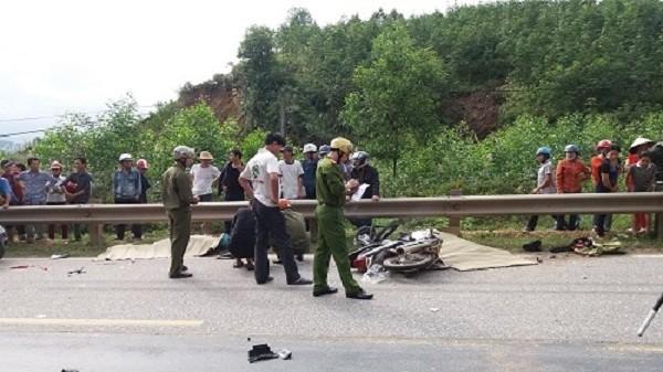 Đâm trực diện ô tô, 2 phụ nữ tử vong tại chỗ - ảnh 1