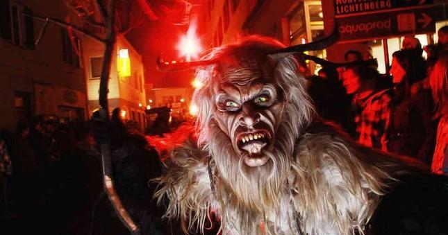 Truyền thuyết về quái vật trong Lễ Giáng sinh - ảnh 3