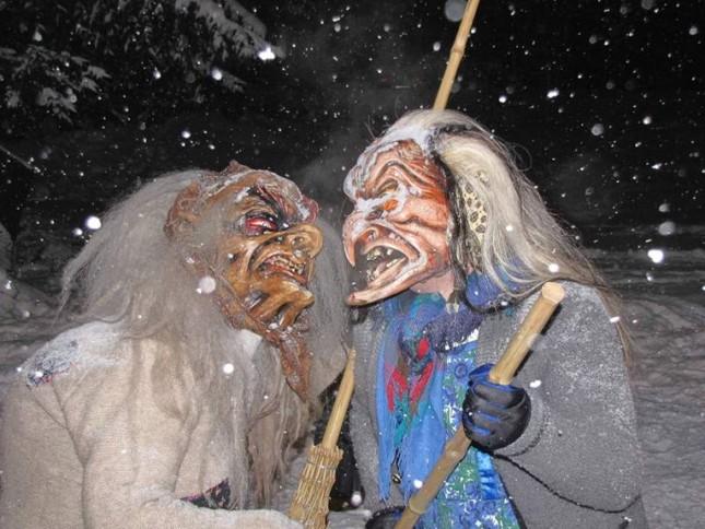 Truyền thuyết về quái vật trong Lễ Giáng sinh - ảnh 2