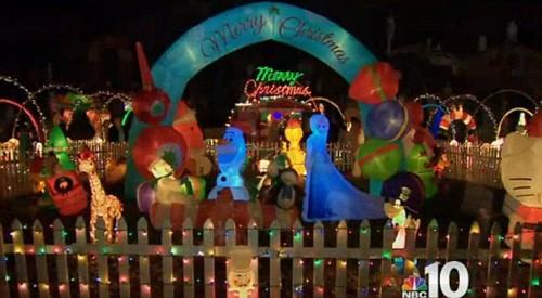 Xây nhà phát sáng đón Giáng sinh cùng bố mẹ trên thiên đường - ảnh 4