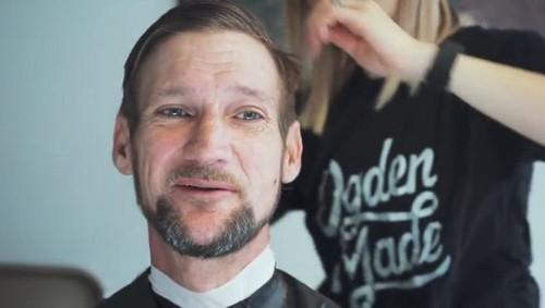 Cắt tóc miễn phí cho người vô gia cư nhân dịp Giáng sinh - ảnh 1