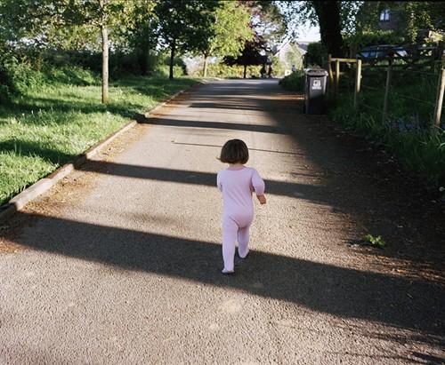 Bộ ảnh tuyệt đẹp mẹ chụp con gái bị hội chứng Down bẩm sinh - ảnh 4