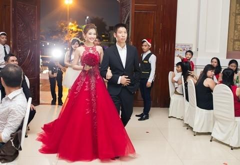 Đám cưới ngập tràn không khí Giáng sinh của Á hậu Diễm Trang - ảnh 2
