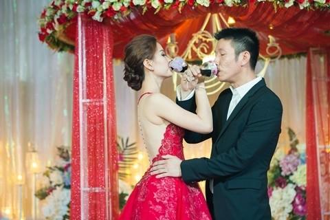 Đám cưới ngập tràn không khí Giáng sinh của Á hậu Diễm Trang - ảnh 8