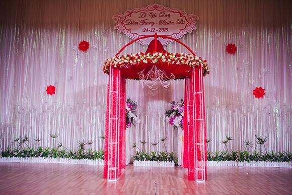 Đám cưới ngập tràn không khí Giáng sinh của Á hậu Diễm Trang - ảnh 10
