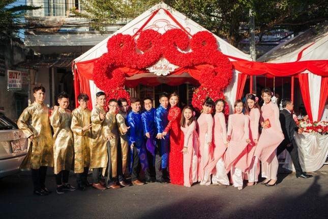 Chồng Á hậu Diễm Trang lái siêu xe 10 tỷ đi hỏi vợ - ảnh 4