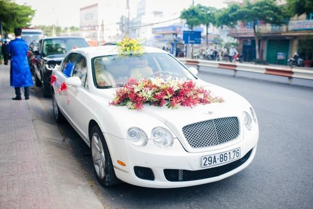 Chồng Á hậu Diễm Trang lái siêu xe 10 tỷ đi hỏi vợ - ảnh 1