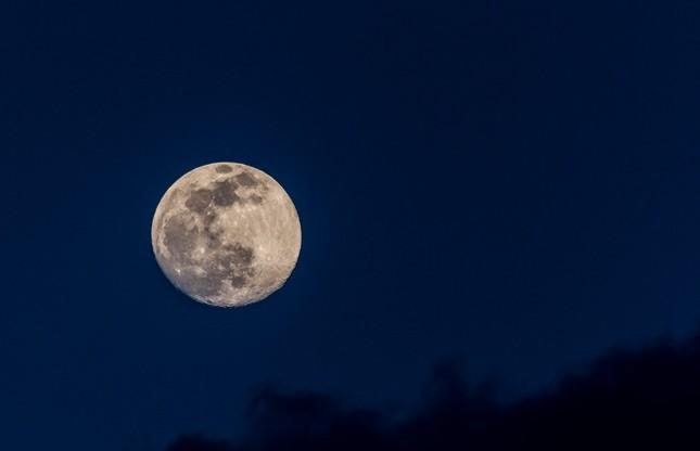 Sự thật đáng kinh ngạc về mặt trăng mà bạn chưa từng biết - ảnh 7