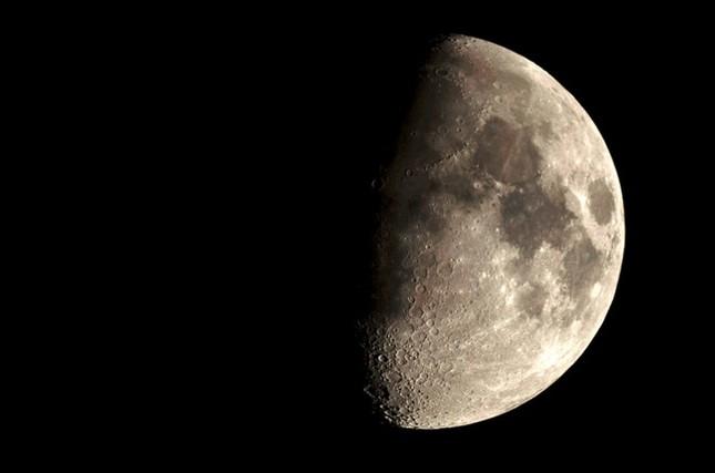Sự thật đáng kinh ngạc về mặt trăng mà bạn chưa từng biết - ảnh 5