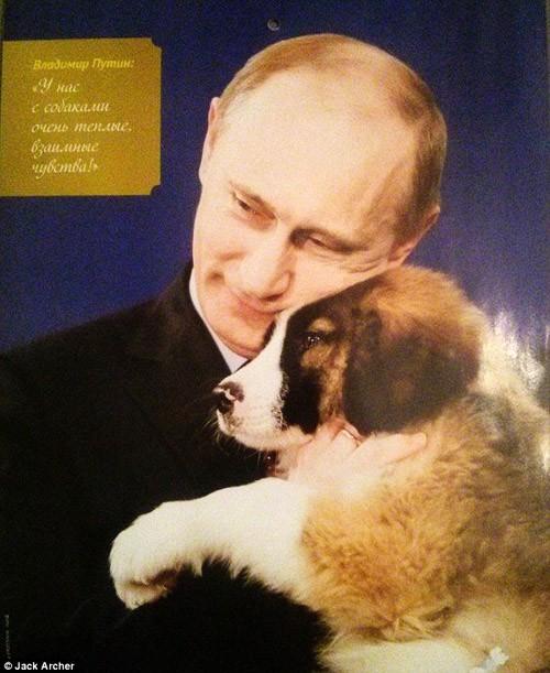 Chiêm ngưỡng ông Putin 'hoàn toàn khác' trên lịch năm mới - ảnh 1