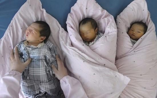 Chuyện lạ: Vợ sinh ba nhưng chỉ một đứa là con của chồng - ảnh 1