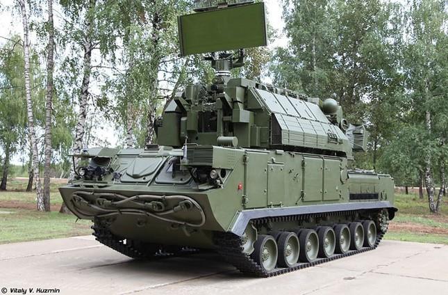Video: Tên lửa phòng không Nga Tor-M2U vừa di chuyển vừa bắn - ảnh 1
