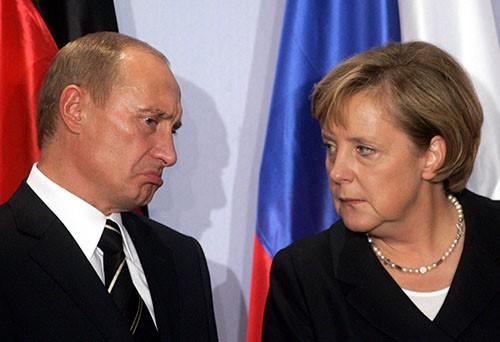 'Bà đầm thép' Merkel vượt mặt Putin trở thành nhân vật của năm - ảnh 1