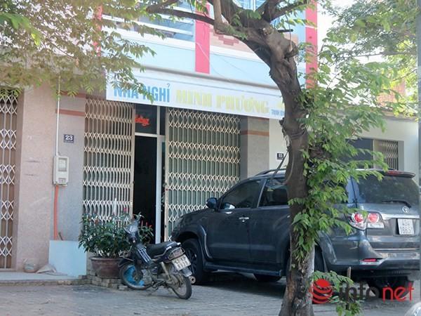 Lộ diện ông chủ bí ẩn của showroom cấm khách Việt ở Đà Nẵng - ảnh 1