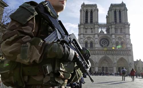 Cảnh báo tấn công khủng bố ở Châu Âu dịp năm mới - ảnh 1