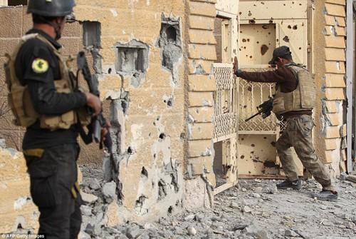 Bên trong thành phố chiến lược Ramadi quân đội Iraq tái chiếm  - ảnh 2