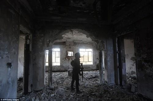 Bên trong thành phố chiến lược Ramadi quân đội Iraq tái chiếm  - ảnh 1