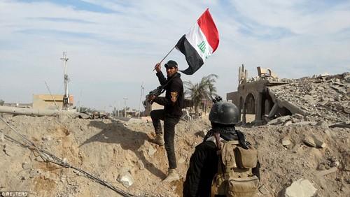Bên trong thành phố chiến lược Ramadi quân đội Iraq tái chiếm  - ảnh 12