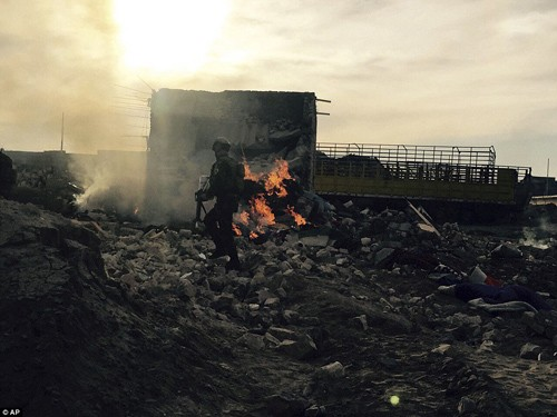Bên trong thành phố chiến lược Ramadi quân đội Iraq tái chiếm  - ảnh 11