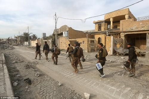 Bên trong thành phố chiến lược Ramadi quân đội Iraq tái chiếm  - ảnh 6