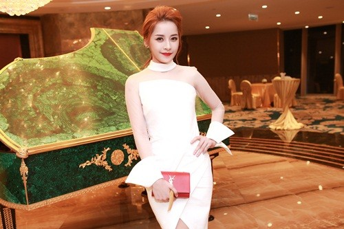 Chi Pu hóa quý cô quyến rũ tại sự kiện mừng Hồ Ngọc Hà - ảnh 2