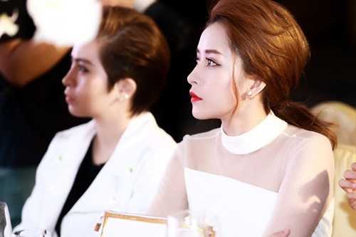 Chi Pu hóa quý cô quyến rũ tại sự kiện mừng Hồ Ngọc Hà - ảnh 5