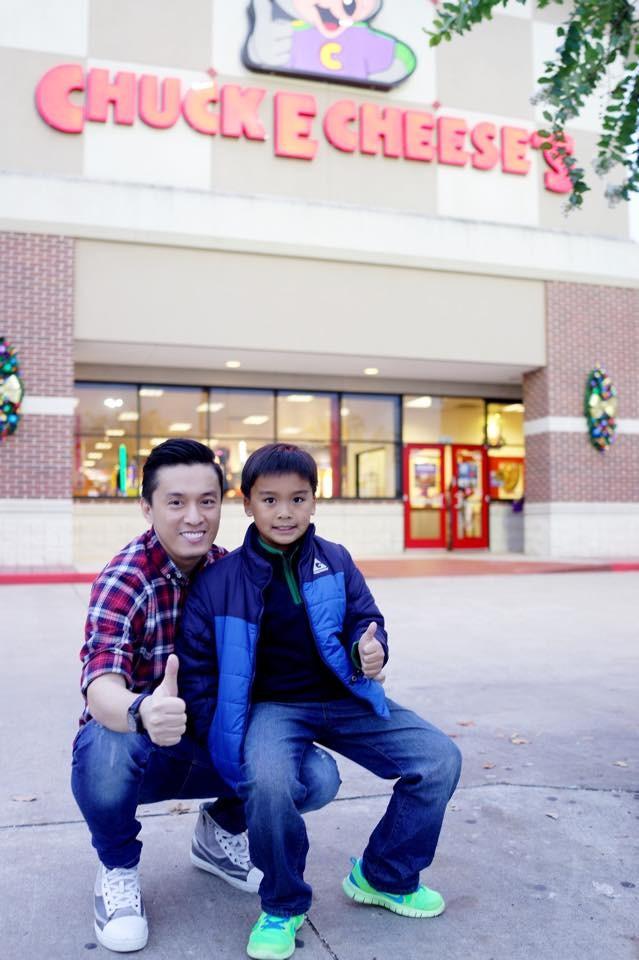 Lam Trường hạnh phúc gặp con trai trên đất Mỹ - ảnh 1