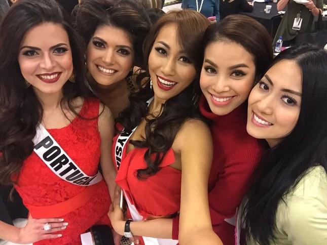 Phạm Hương 'đọ sắc' với Hoa hậu Philippines, Myanmar tại Mỹ - ảnh 5