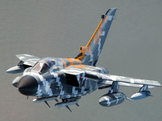 Mục tiêu của Không quân Anh trong lần đầu ra quân tại Syria là gì? - ảnh 2