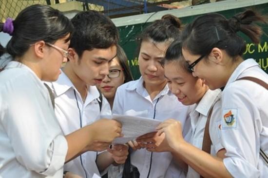 Hà Nội sẽ tăng học phí trường công lập từ ngày 1/1/2016 - ảnh 1