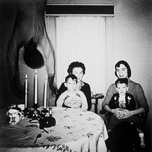 Những bức ảnh ẩn chứa nhiều điều kỳ lạ chưa thể giải thích - ảnh 1