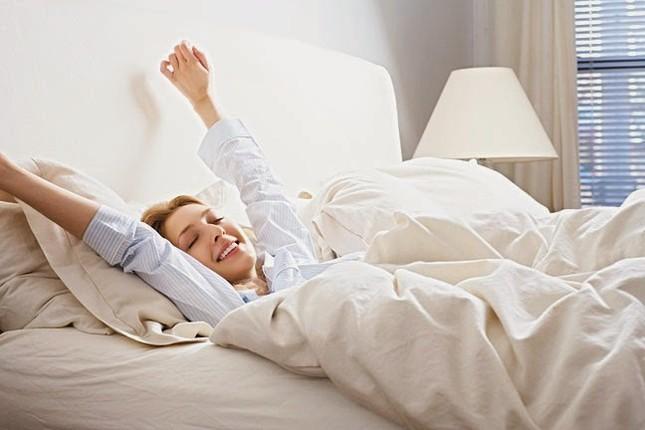 Lợi ích sức khỏe của việc dậy sớm nếu bạn không biết thì sống uổng - ảnh 1