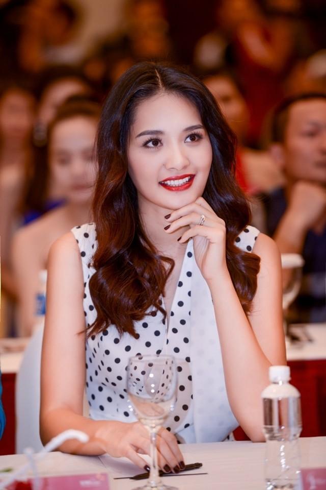 Chân dung ông xã 'không phải đại gia' của Hoa hậu đẹp nhất châu Á - ảnh 10
