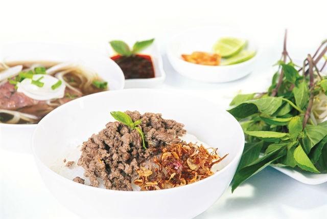 Khách Tây gợi ý những món ăn nhất định phải thử khi đến Việt Nam - ảnh 3