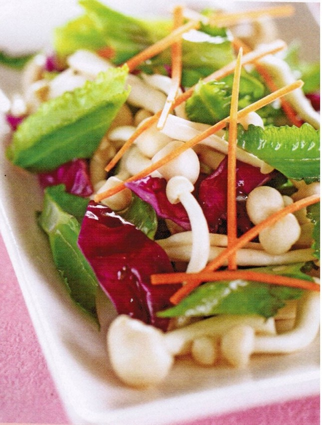 Khách Tây gợi ý những món ăn nhất định phải thử khi đến Việt Nam - ảnh 4