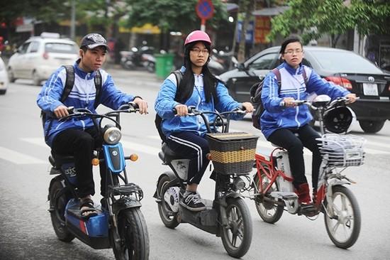 Chính thức xử phạt xe đạp điện không đăng ký vào giữa năm 2016 - ảnh 1