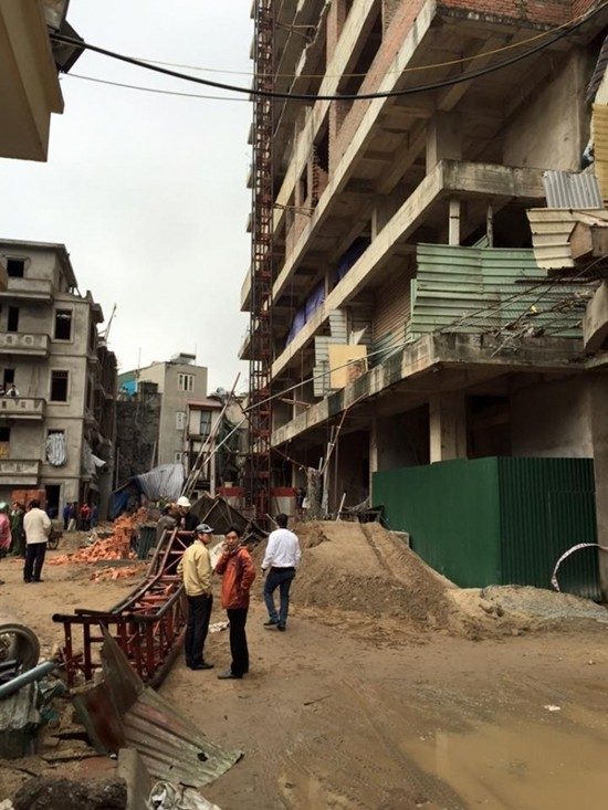 Hà Nội: Rơi thang máy, 2 người tử vong tại chỗ - ảnh 1
