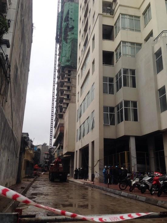 Hà Nội: Rơi thang máy, 2 người tử vong tại chỗ - ảnh 3