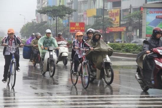 Dự báo thời tiết ngày 5/12: Bắc Bộ tiếp tục rét đậm, mưa lớn - ảnh 1