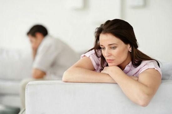 Sốc nặng khi nhân tình của chồng đến nhà ghen ngược - ảnh 1