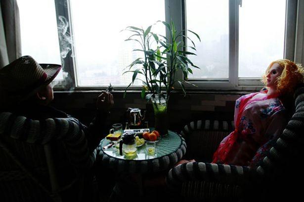 Vợ mua búp bê tình dục cho chồng vì ngán 'chuyện ấy' khi về già - ảnh 2
