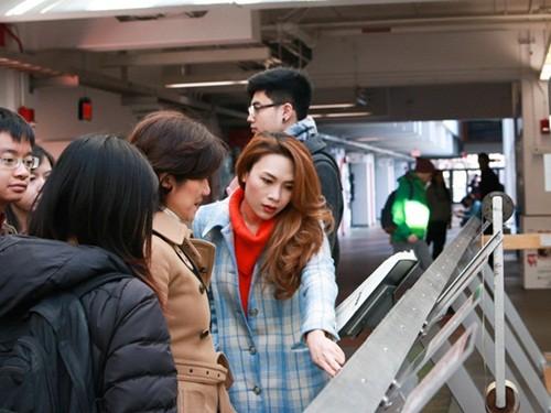 Mỹ Tâm đến Đại học Harvard thăm sinh viên Việt Nam - ảnh 3