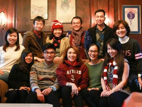 Mỹ Tâm đến Đại học Harvard thăm sinh viên Việt Nam - ảnh 6