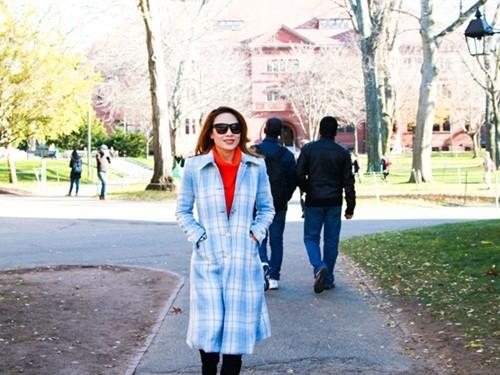 Mỹ Tâm đến Đại học Harvard thăm sinh viên Việt Nam - ảnh 8