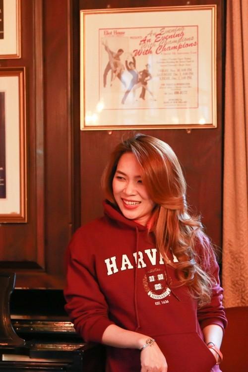 Mỹ Tâm đến Đại học Harvard thăm sinh viên Việt Nam - ảnh 9