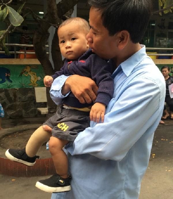 Cậu bé văng khỏi bụng mẹ trở thành đại sứ từ thiện Mottainai - ảnh 1