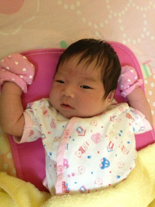 Khánh Đơn công khai ảnh con gái sau khi bị Lương Bích Hữu bỏ rơi - ảnh 1