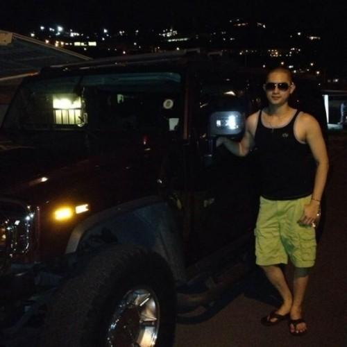 Ngắm dàn xe hơi sang chảnh của bạn trai Trang Trần - ảnh 9